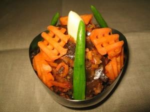 салат из морской капусты с баклажанами